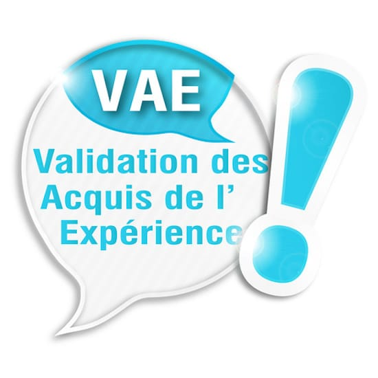 La parole à… Audrey Meheri – Coordinatrice formation – Groupe Develop'Invest : « La VAE est un investissement important en temps et en énergie ».